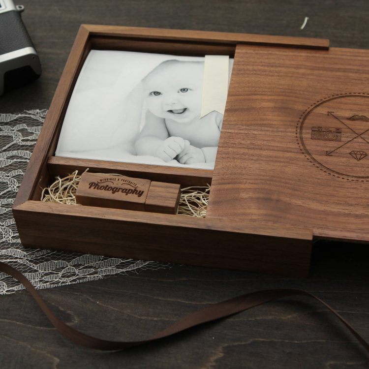 4×6″ Walnut Wood Photo Print Proof Box