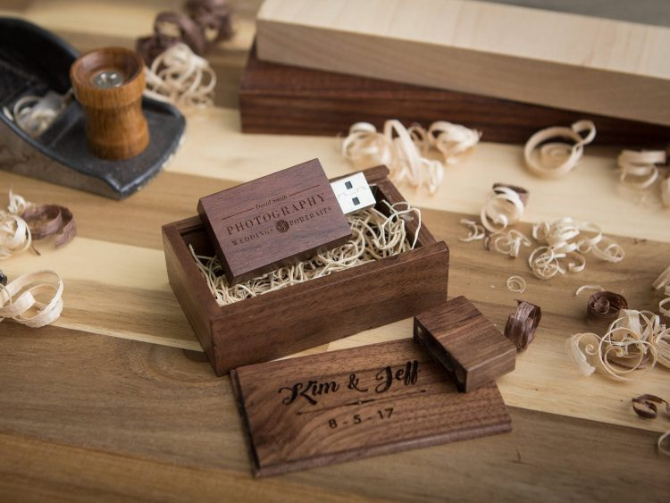 5 PACK- Thick Walnut USB Flash Drive & Wood USB Box Set