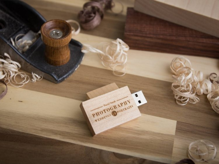 5 PACK- Thick Maple Wood USB Flash Drive