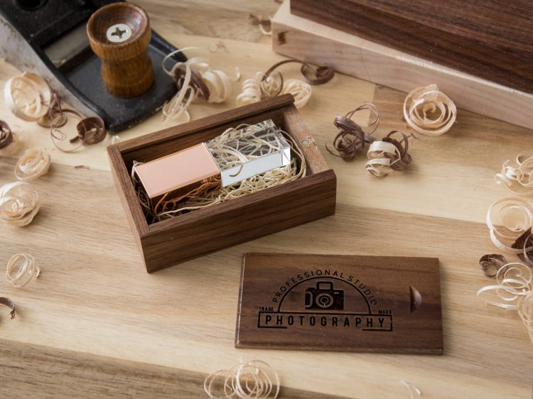 5 PACK: Crystal USB Drive & Personalized USB Wood Box Set