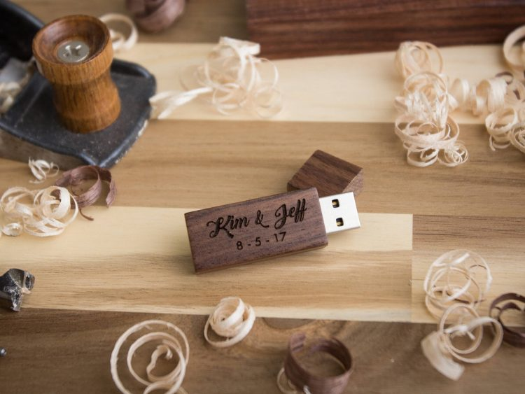 Thin Walnut Wood USB Flash Drive